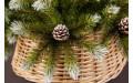 Фото:  Елка Женева 215 см c шишками заснеженная Triumph Tree-5